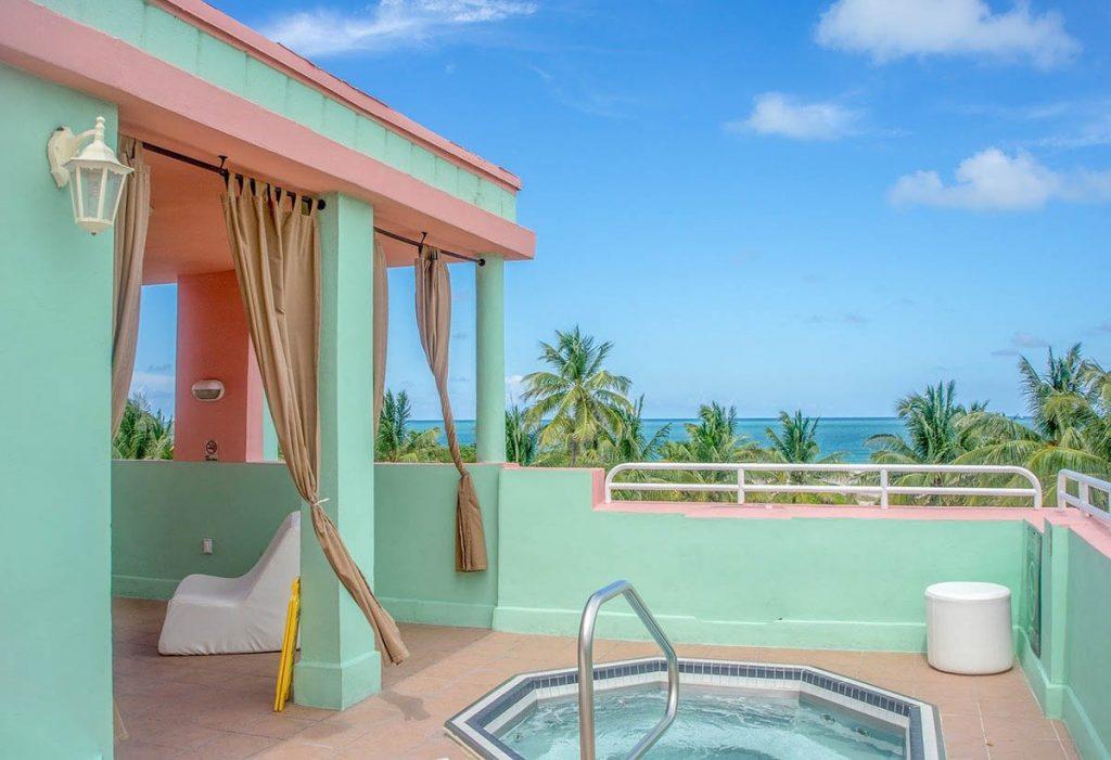 beach hot tub